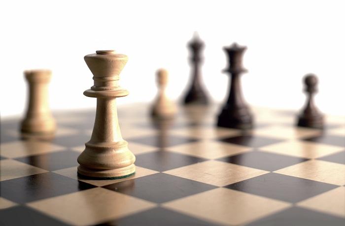 برتری استراتژی بر تاکتیک